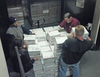 GI Go Fund Volunteers provide care packages to Sandy Victims