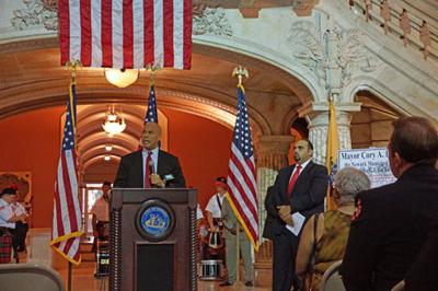 Newark Mayor Cory Booker (left) and GI Go Fund Executive Director Jack Fanous