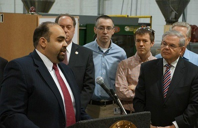 GI Go Fund Executive Director Jack Fanous (left) speaks of his support for the America Star Act introduced by U.S. Senator Robert Menendez (right) at the Pen Factory of America (PCA) in Garwood, NJ